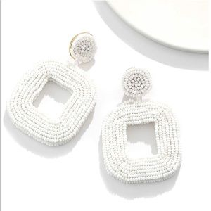 Jewelry - White beaded square statement earrings